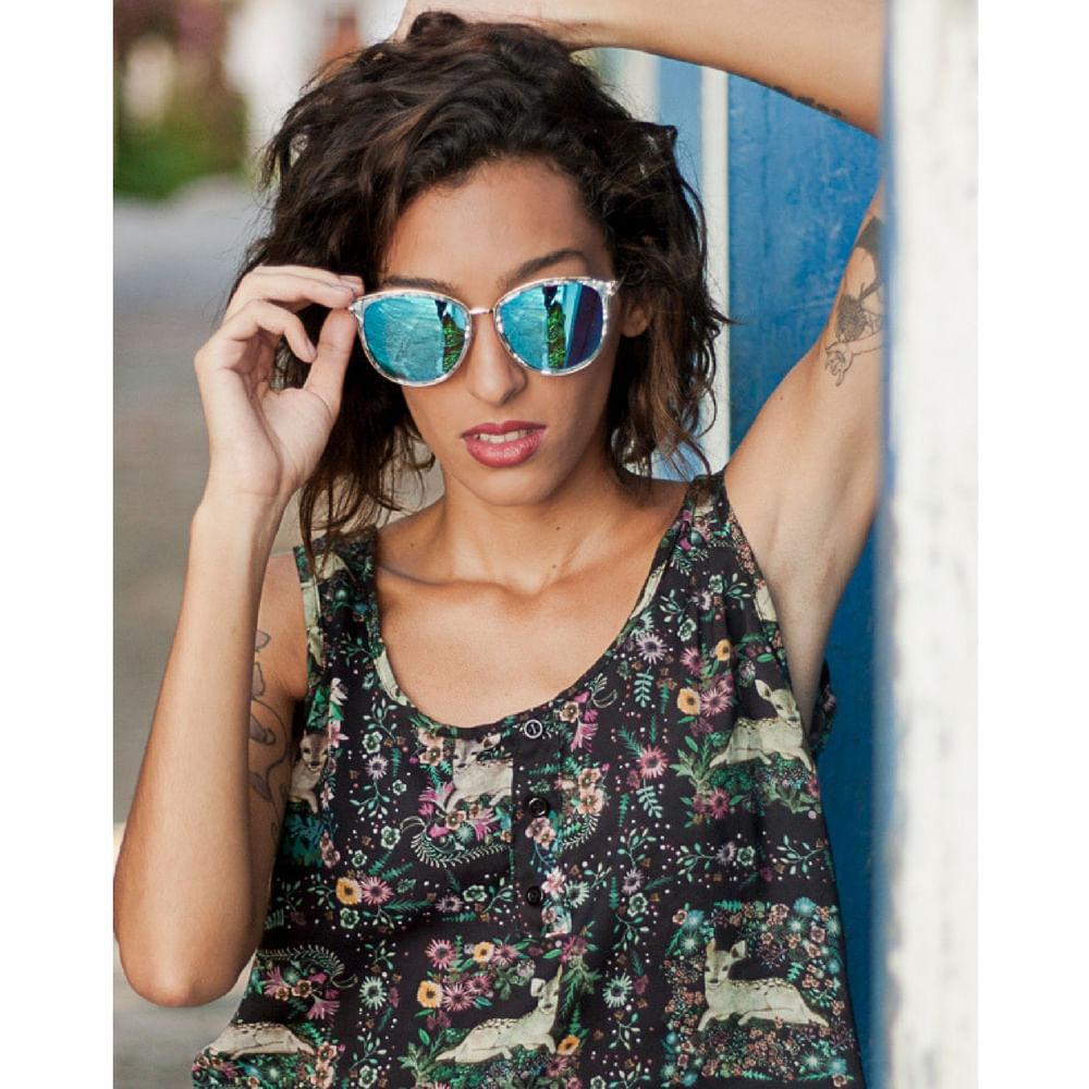 d23403a700c5a Óculos de Sol Feminino Armação Efeito Marmorizado Lente Azul ...