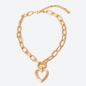 corrente-dourada-com-pingente-de-coracao-Médio