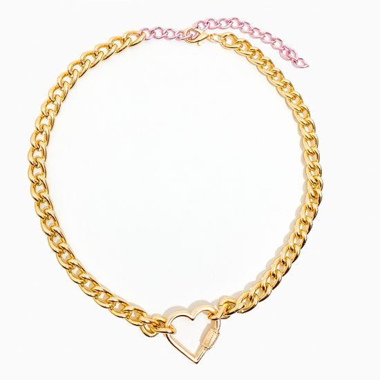 colar-corrente-colorido-com-pingente-de-coracao-pequeno-dourado-rosa