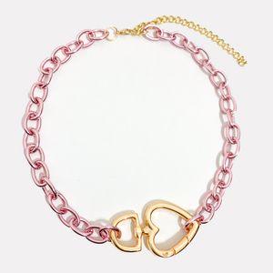 colar-corrente-colorido-com-pingente-de-coracao-medio-rosa-dourado