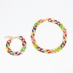 kit-colar-e-pulseira-trancada-colorida