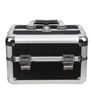 maleta-de-maquiagem-profissional-media-com-brilho-rubys-preta