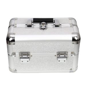 maleta-de-maquiagem-profissional-media-com-brilho-rubys-prata
