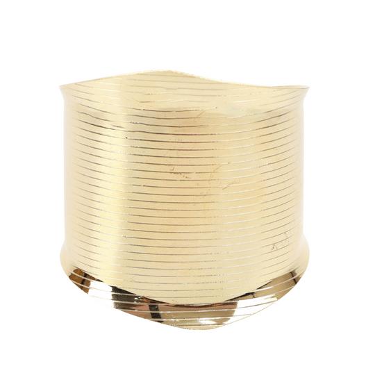 pulseira-bracelete-com-textura-de-linhas-dourado