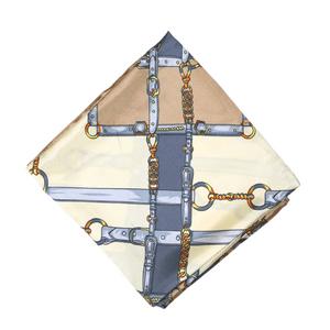 lenco-feminino-estampado-Grayce-modelo-3