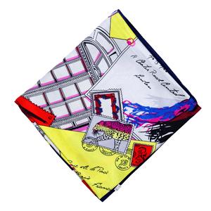 lenco-feminino-estampado-laila-modelo-1
