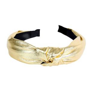 tiara-de-no-com-tecido-brilhoso-dourada