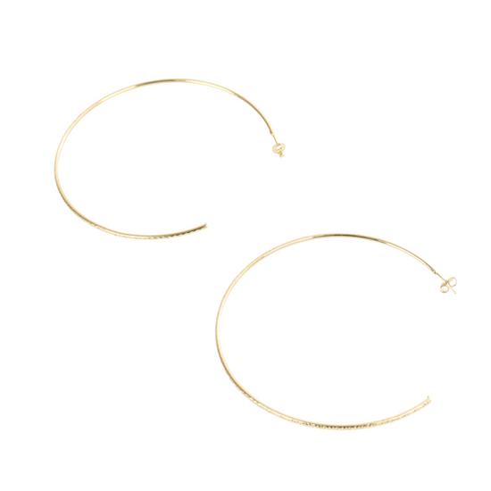 Brinco-de-Argola-Com-Textura-Dourada-G